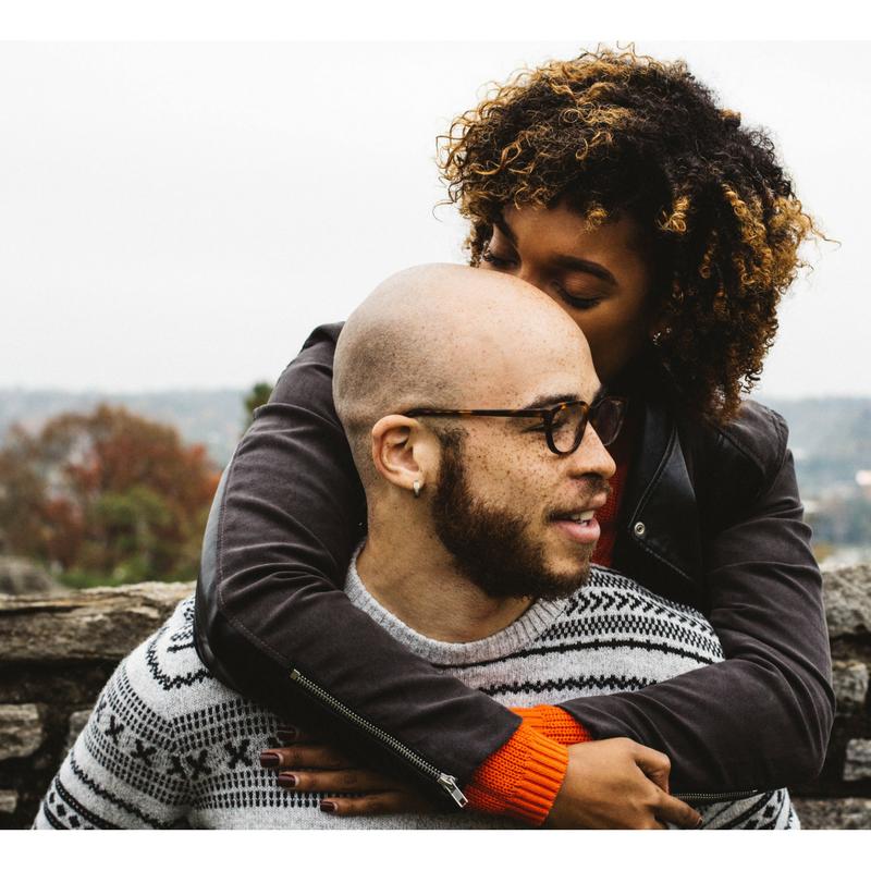 En este momento estás viendo Enriquece tu relación de pareja con el pille en positivo
